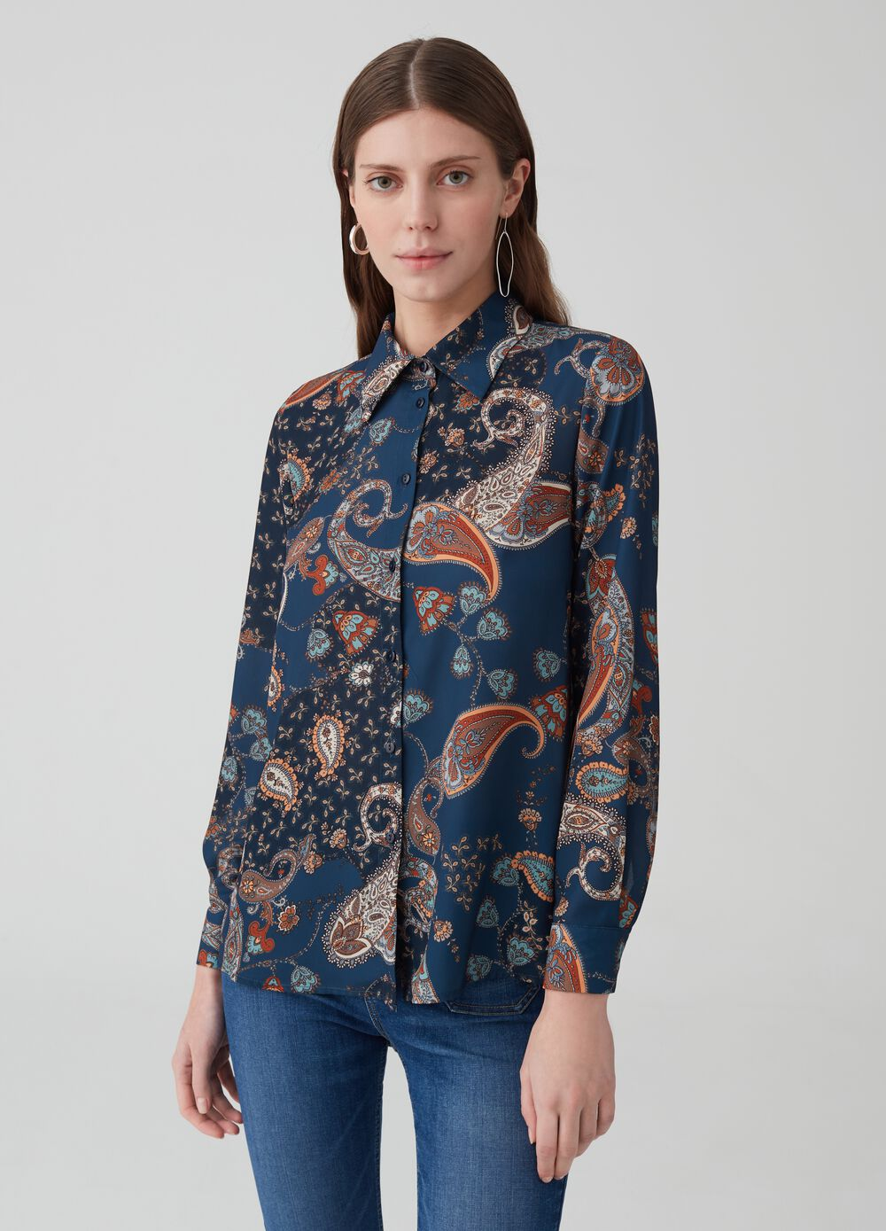Paisley shirt with bluff collar