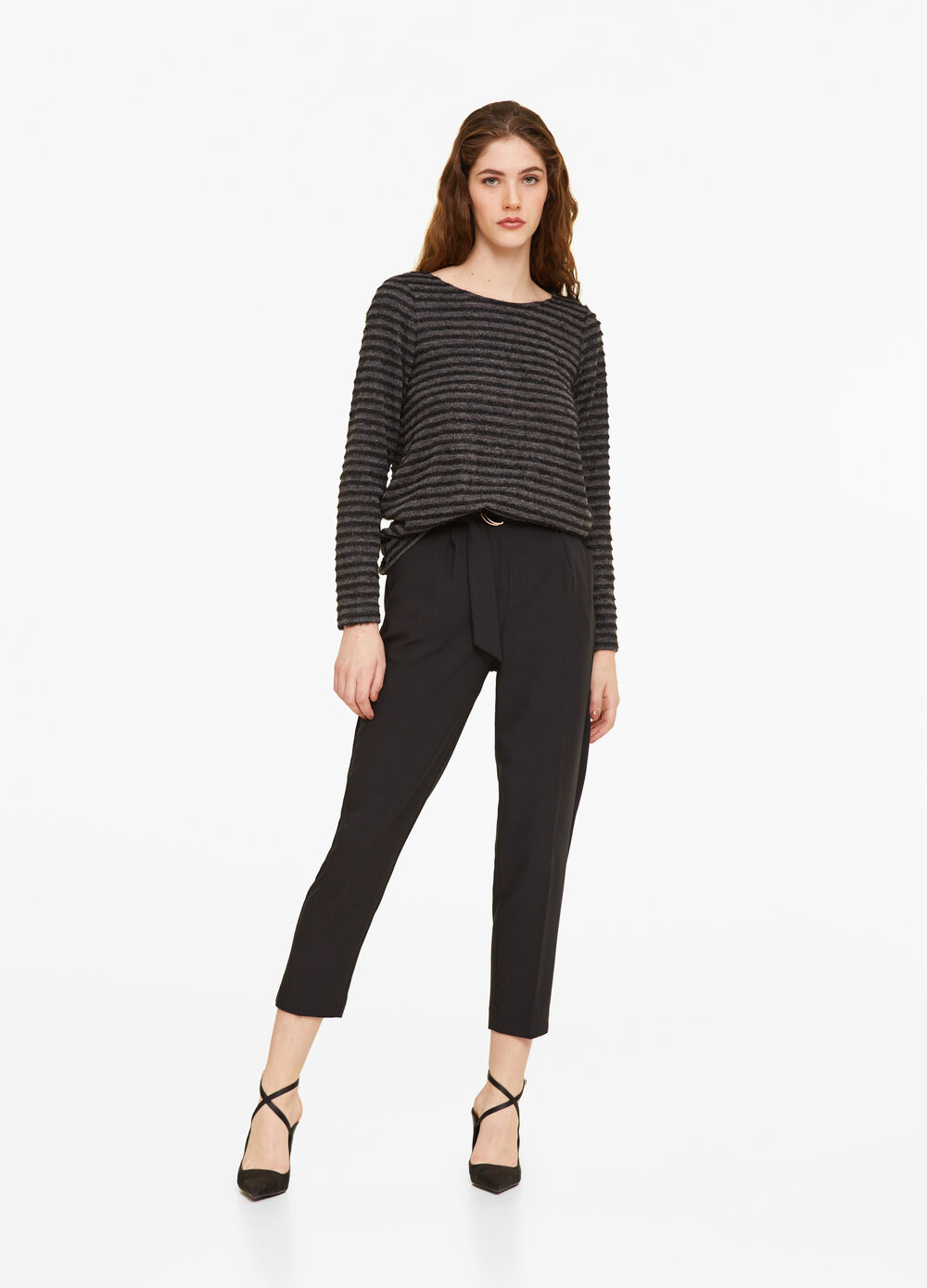 Striped pattern stretch pullover