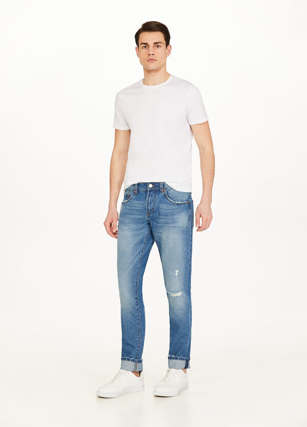 Straight-fit worn-effect jeans with rip