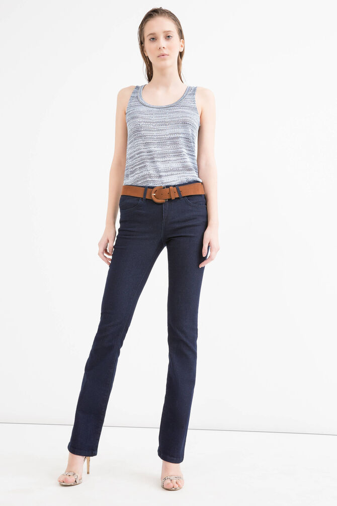 Two-tone top with round neck