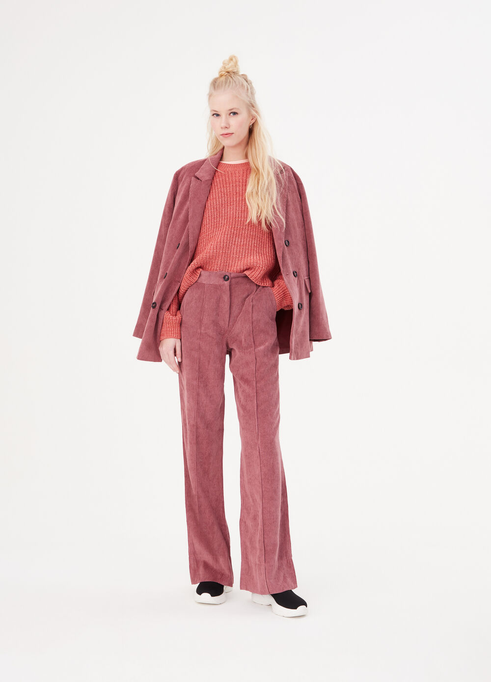 Wide leg trousers in ribbed velvet