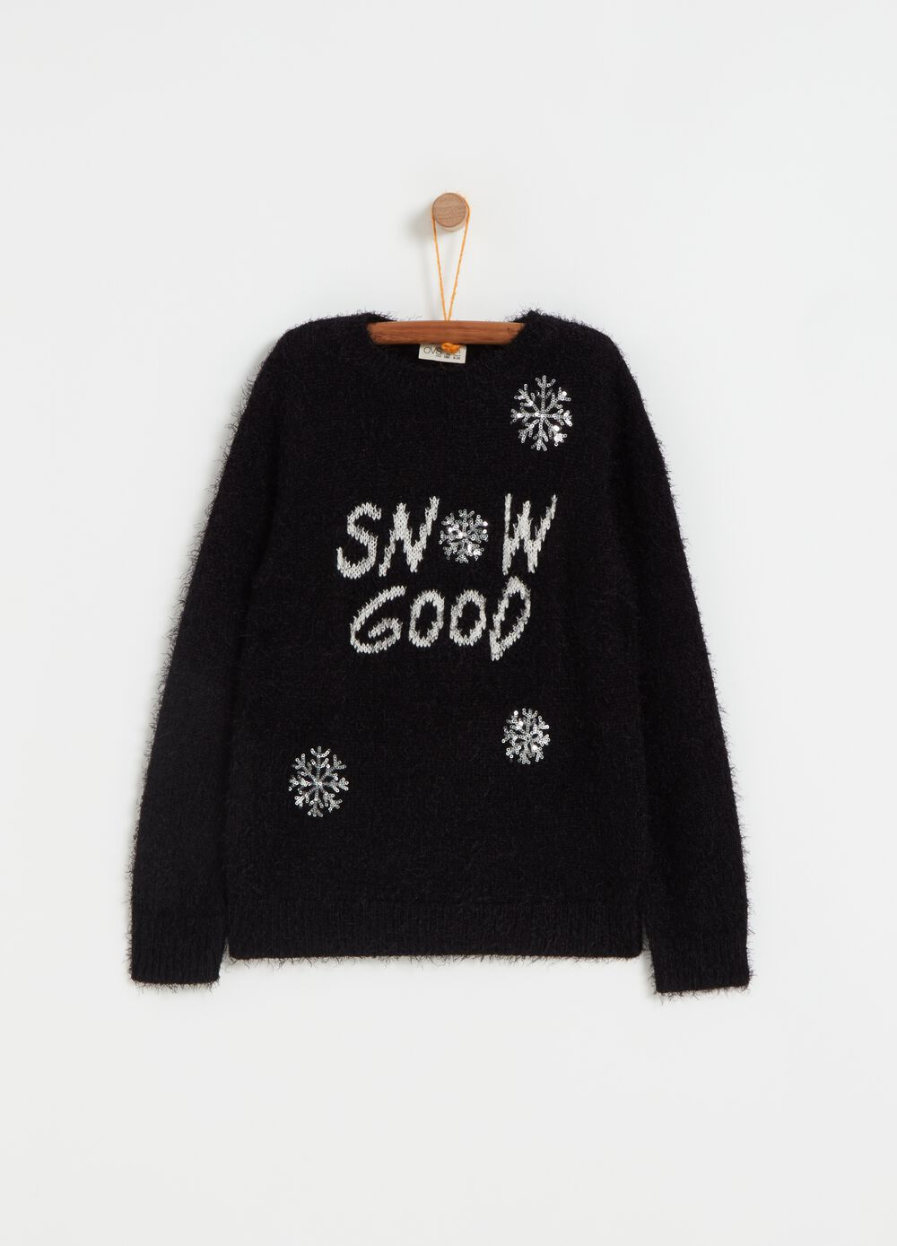 Knitted pullover with snowflake embroidery