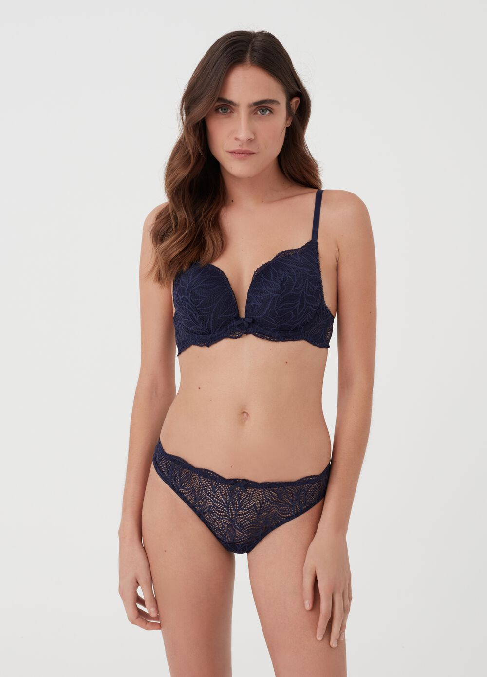 Stretch Brazilian briefs with lace and bow