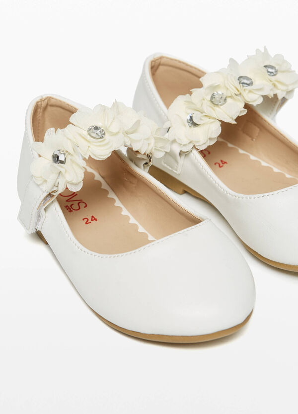 Ballerina flats with flowers and diamantés