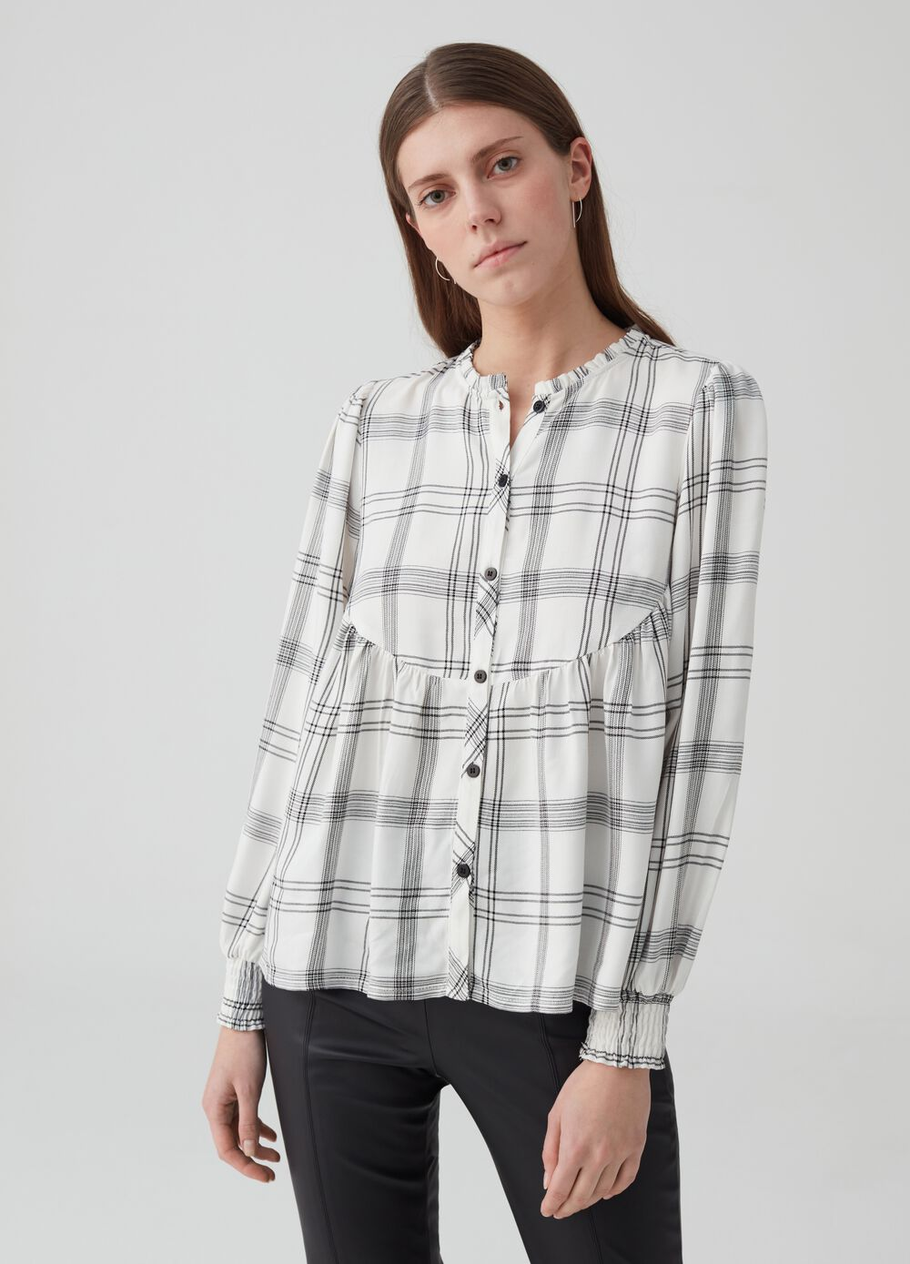 Check shirt with lurex and round neck