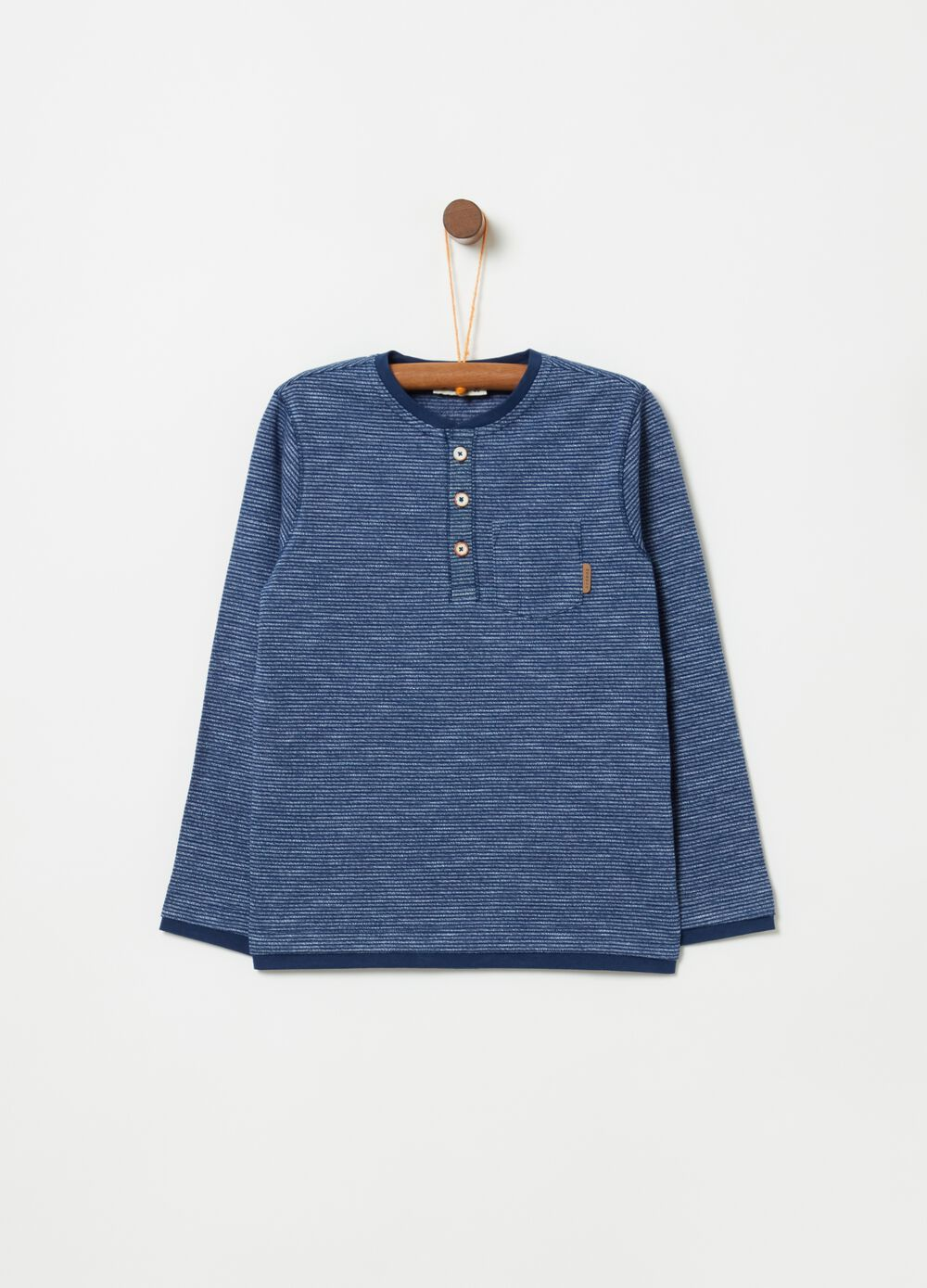 Long-sleeved T-shirt with round neck and stripes