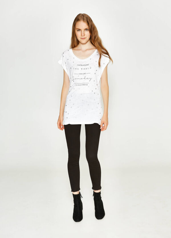 Long viscose T-shirt with all-over print