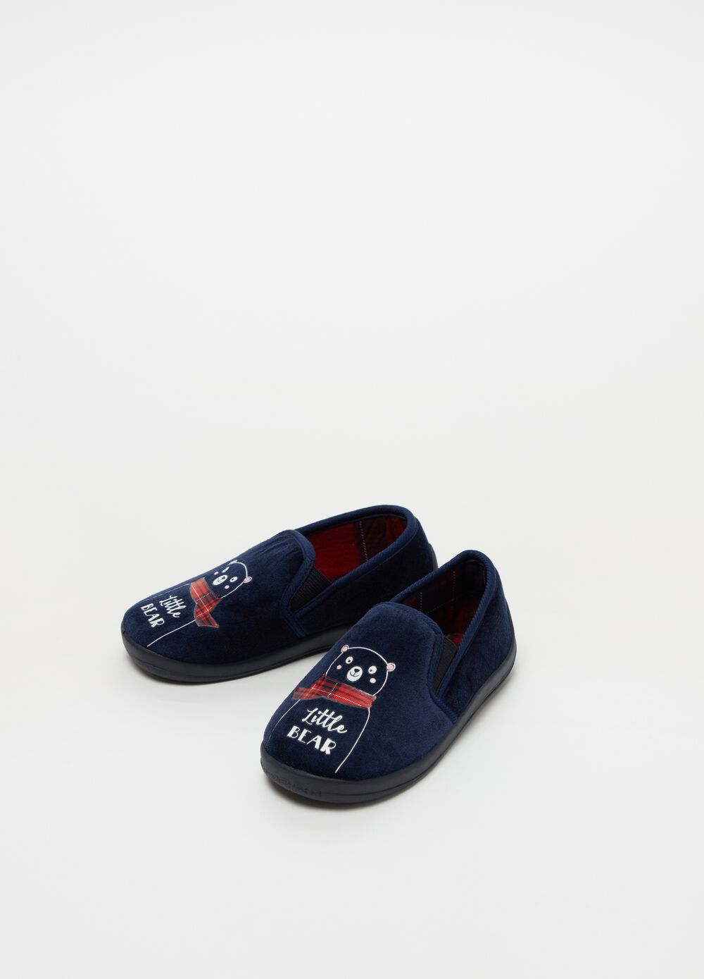 Slippers with bear embroidery and tartan lining