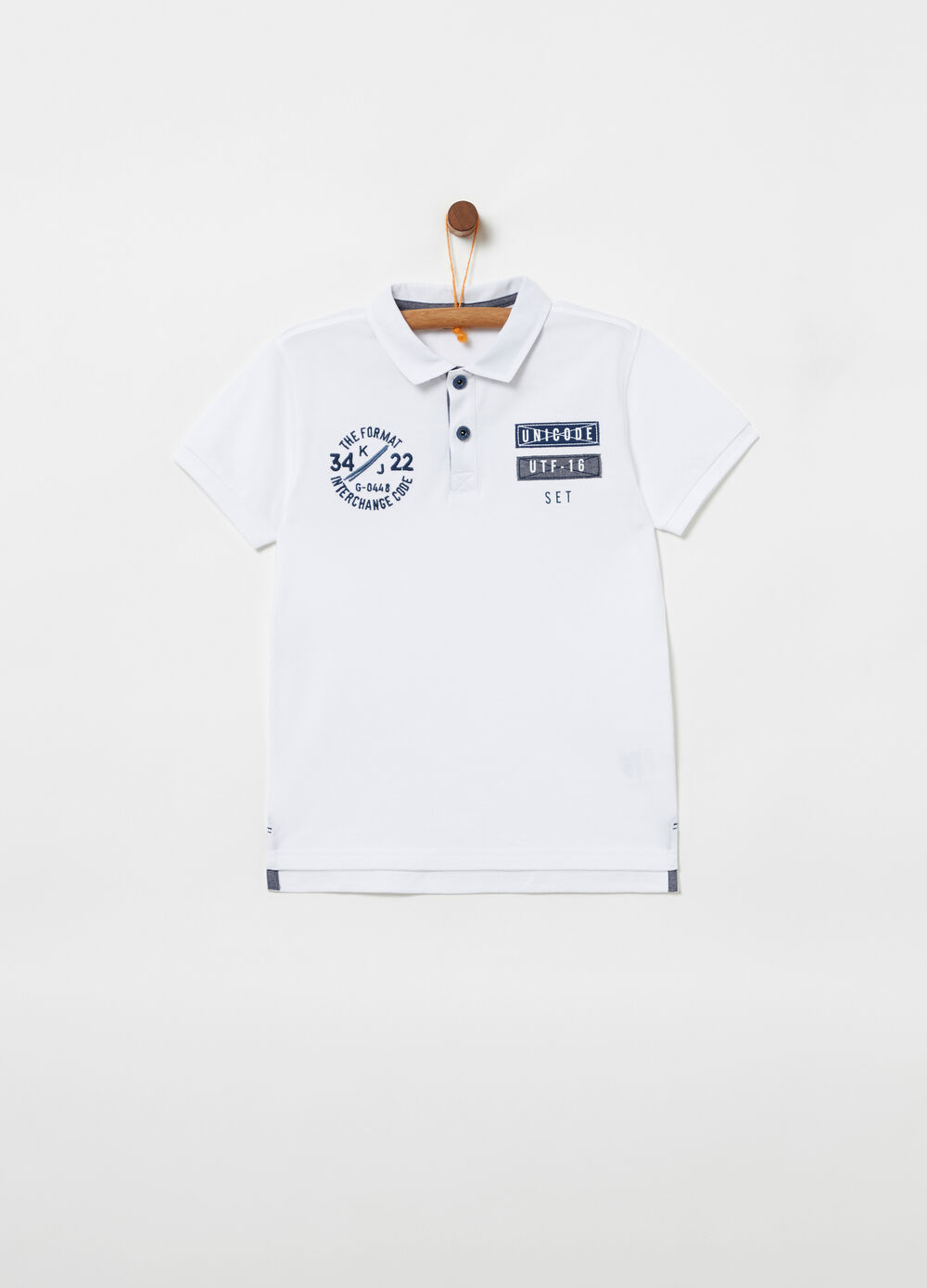Piqué polo shirt with embroidered patch details