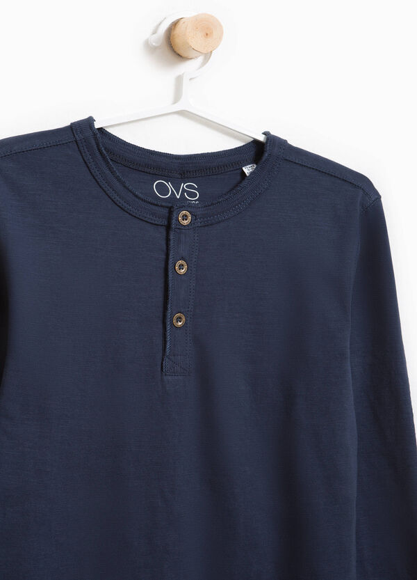 Polo shirt with long sleeves and patch   OVS