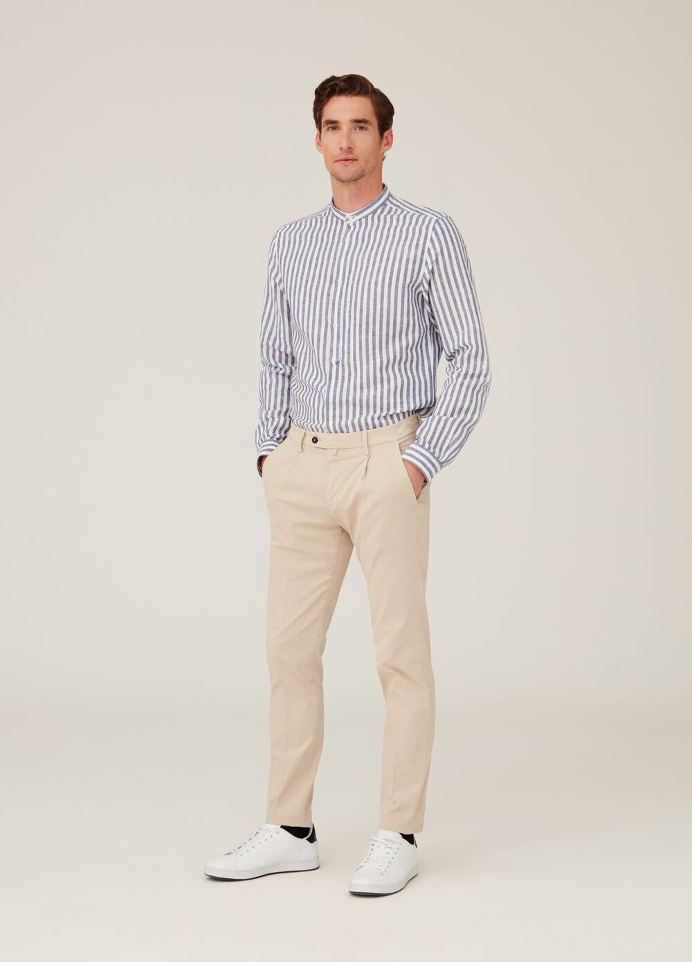 Shirt with stripes and Mandarin collar