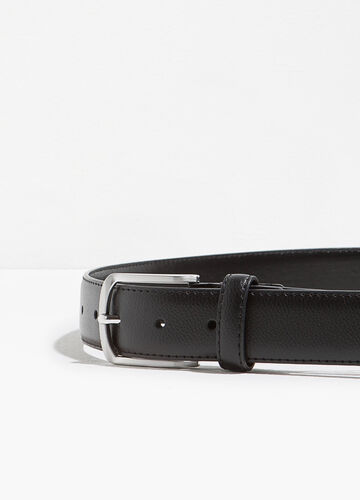 Textured-effect belt with single loop