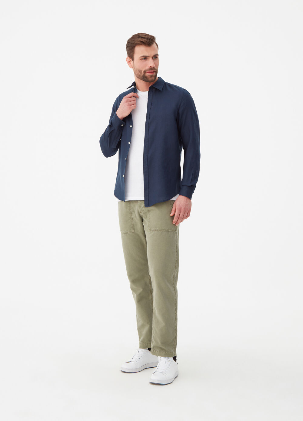 Solid colour regular-fit linen shirt