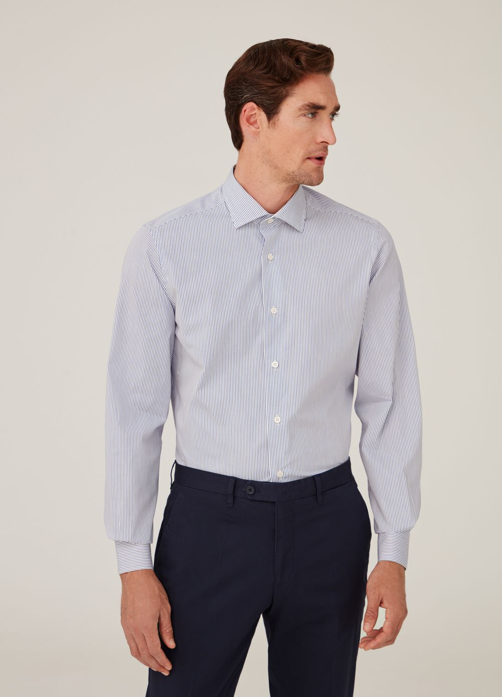 Slim-fit shirt in striped compact yarn