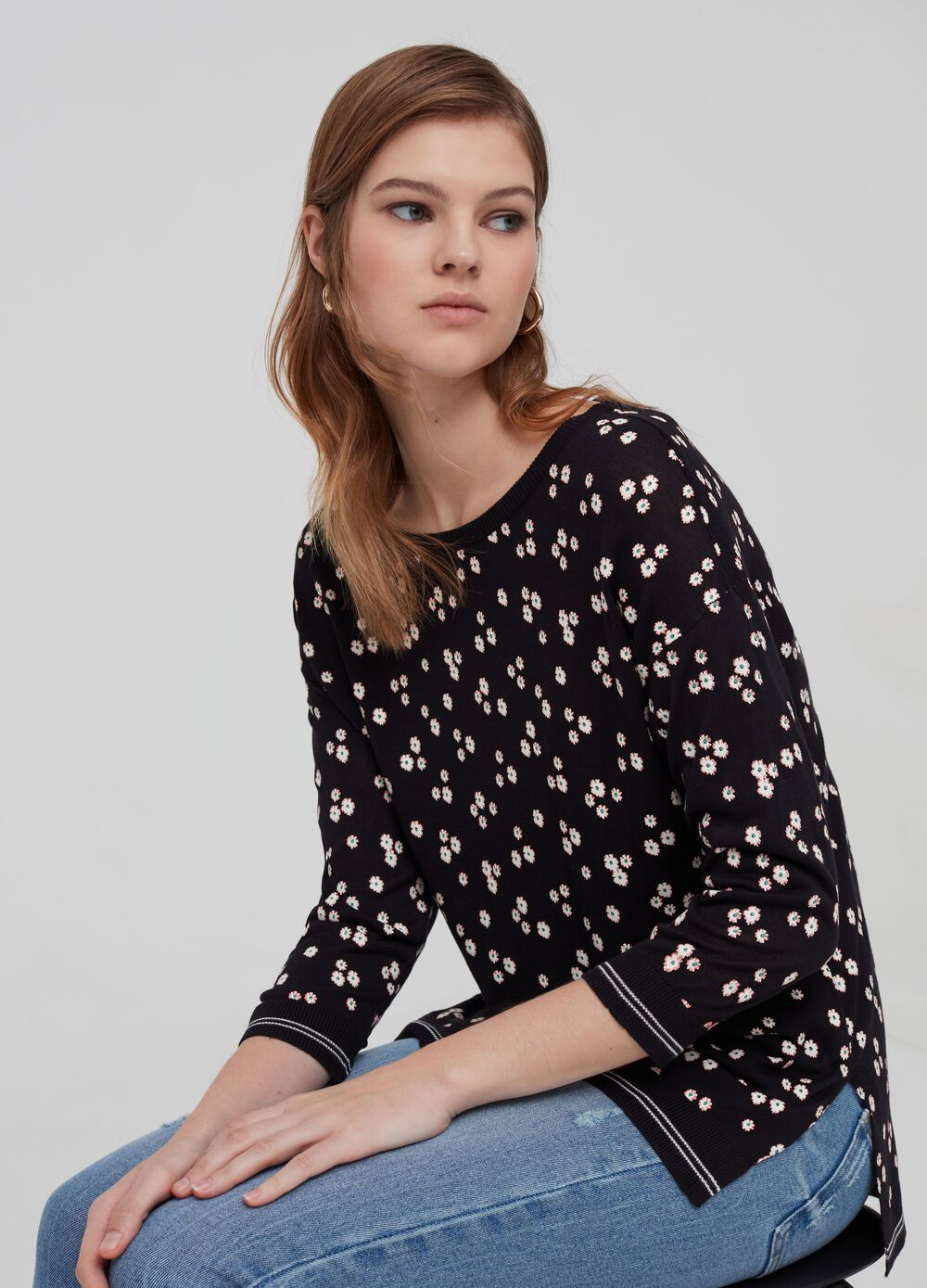 100% viscose knitted top