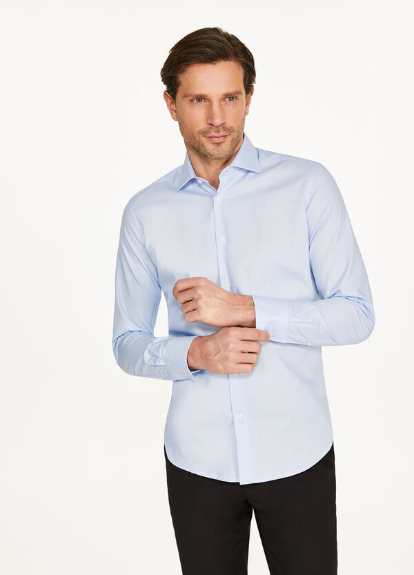 Slim-fit formal shirt with micro pattern