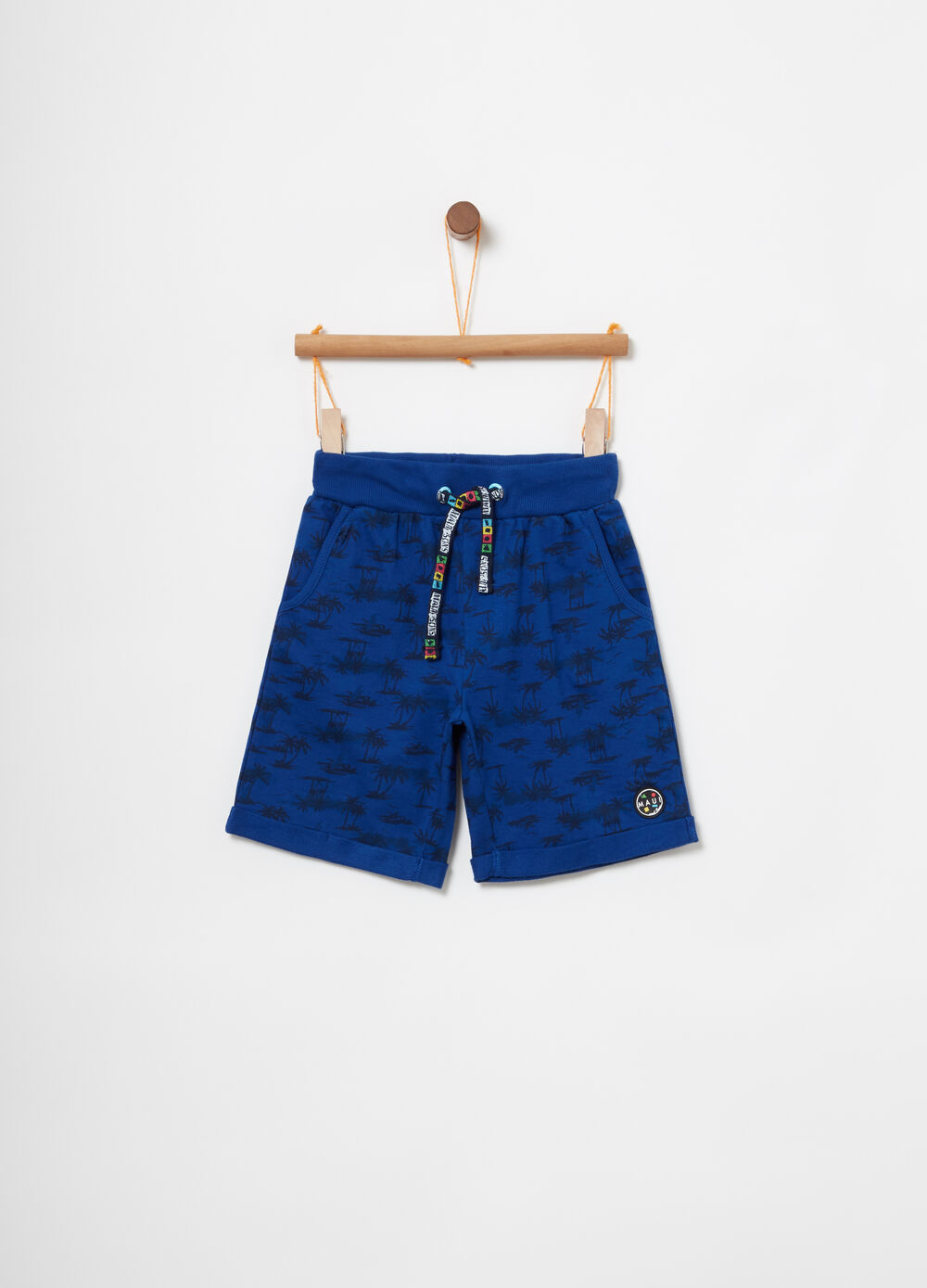 Patterned Bermudas with drawstring by Maui and Sons