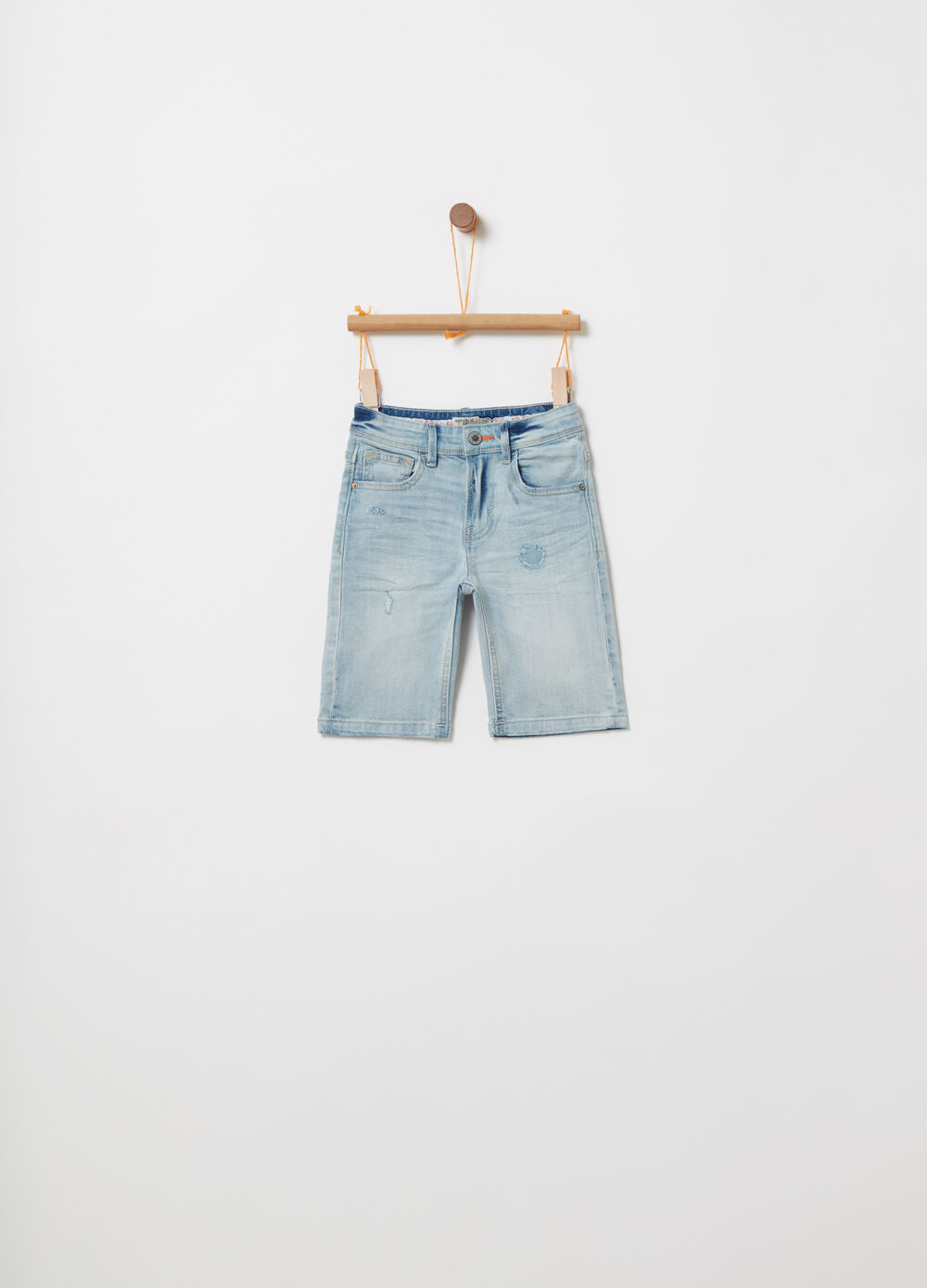 Shorts in denim effetto used stretch