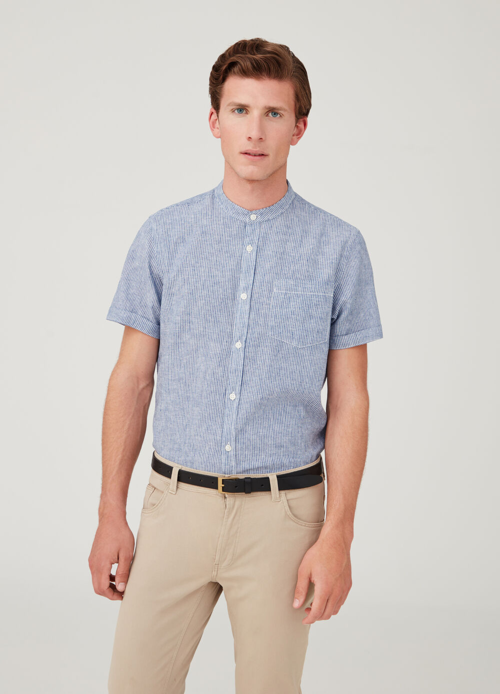 Short-sleeved shirt with stripes and pocket