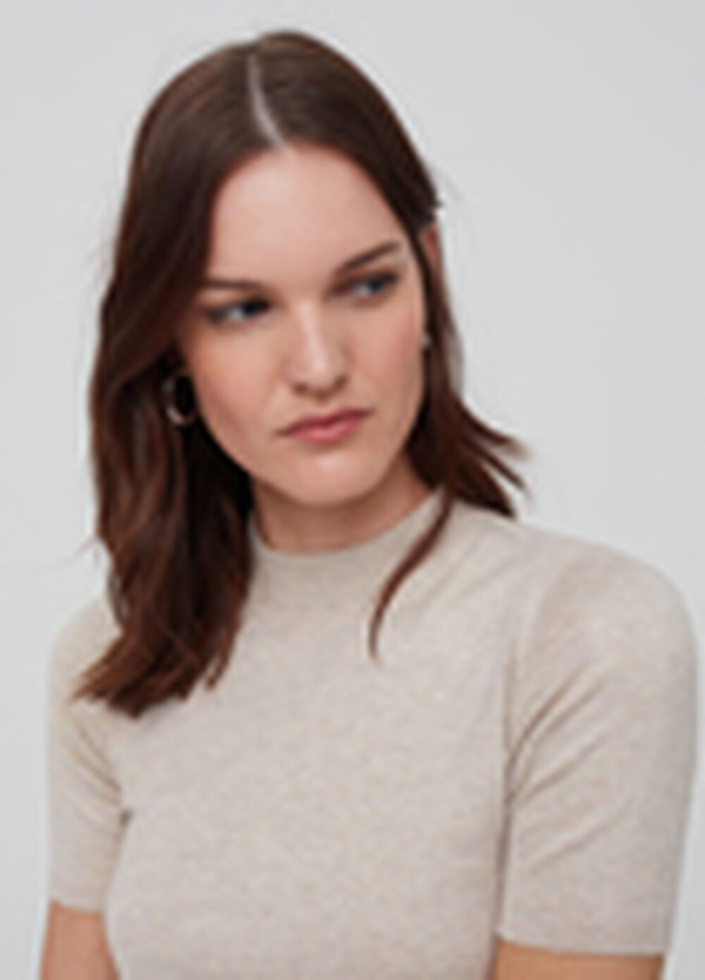 Short-sleeved knitted pullover