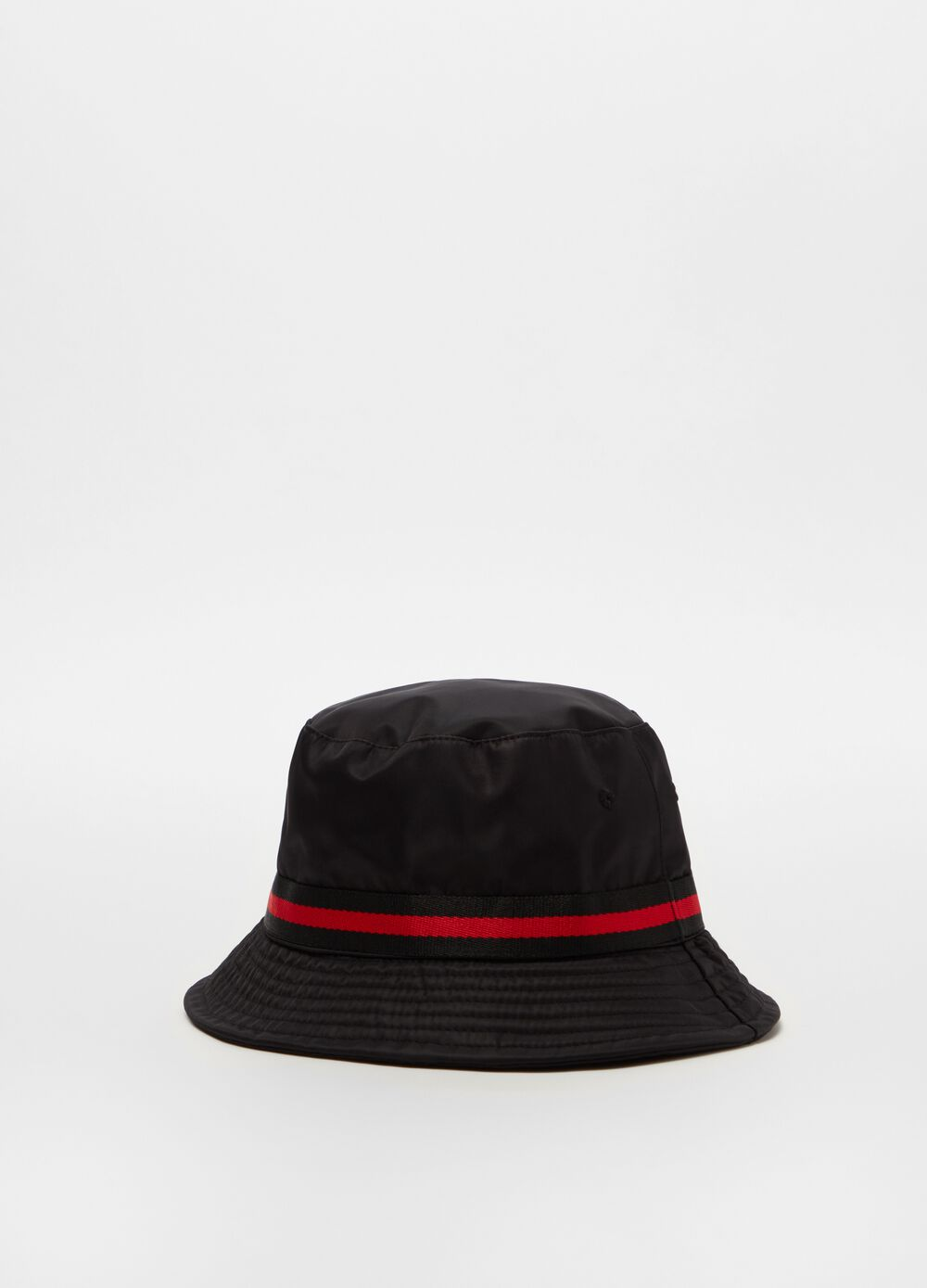 Hat with striped ribbon