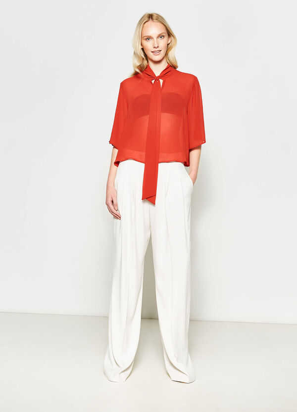 Crop blouse with tie fastening | OVS