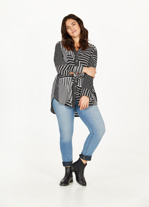 Curvy stretch washed-effect jeggings