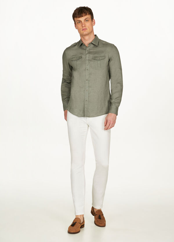 Casual shirt in 100% linen with pockets