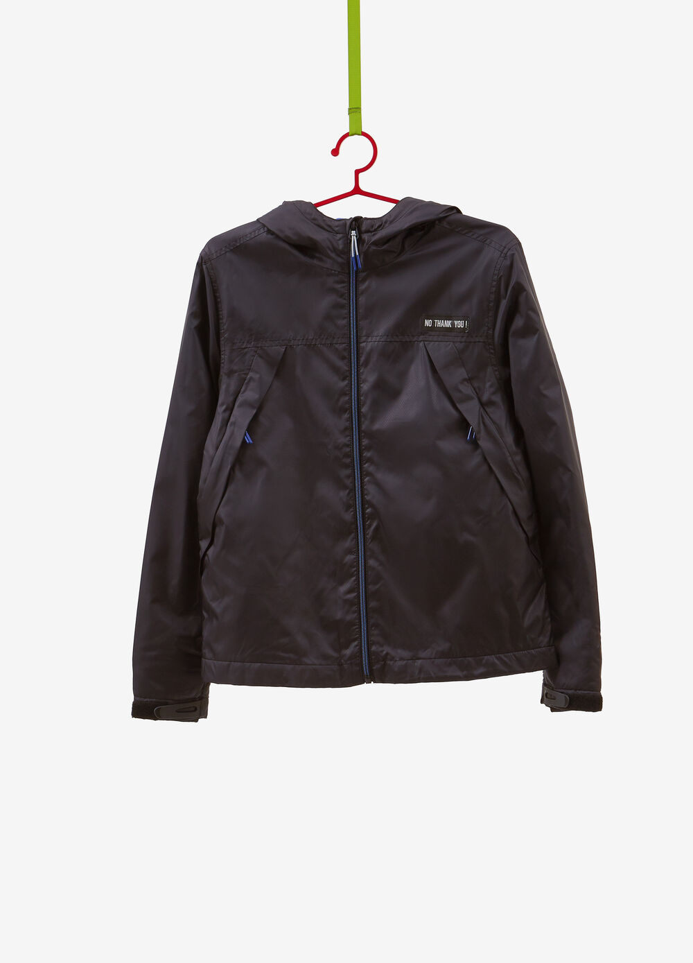 Solid colour jacket with patch and zip