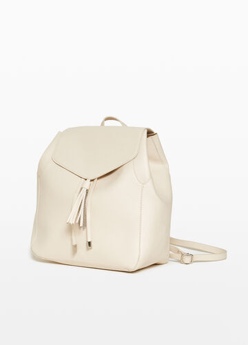 Backpack with drawstring and chain tassel