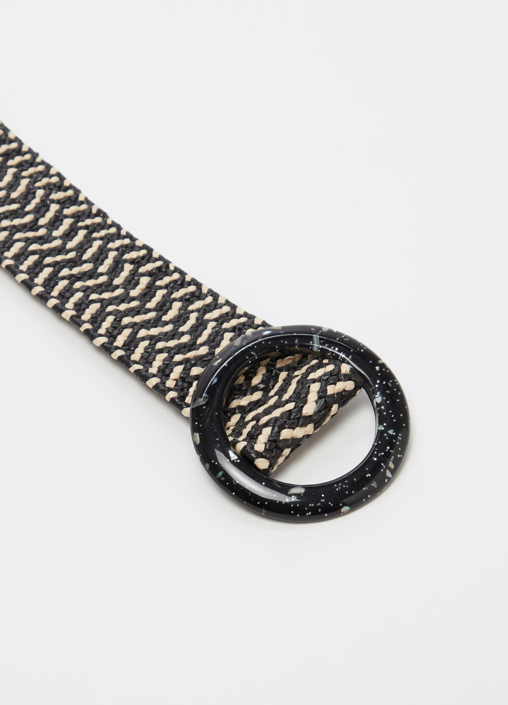 Natural-effect braided belt