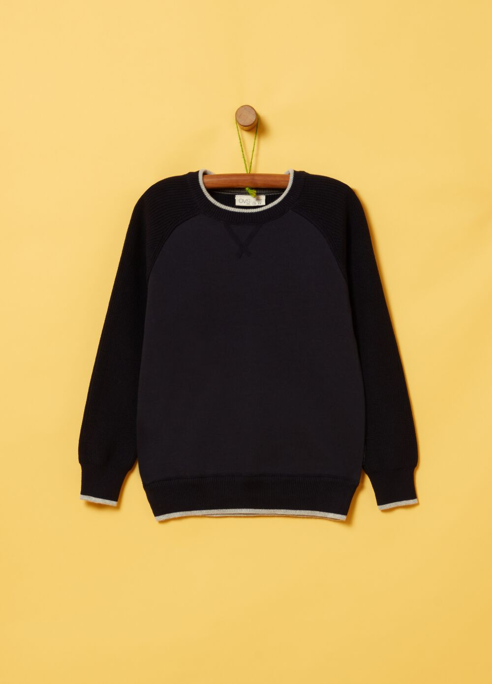 100% organic cotton pullover with ribbing