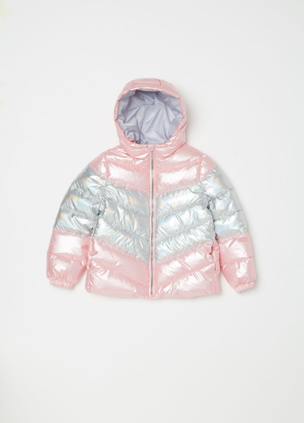 Two-tone padded and quilted jacket.