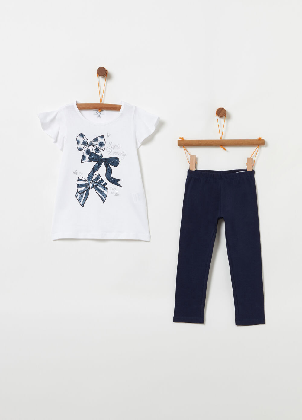 T-shirt with flounce and diamantés and leggings jogging set