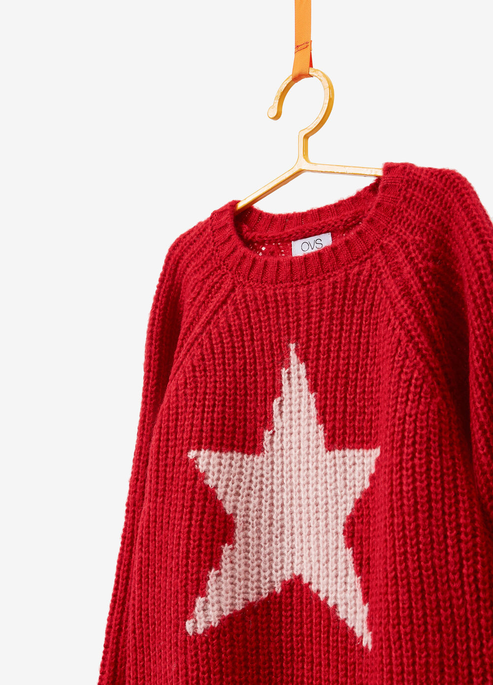 Knitted pullover with striped weave and star