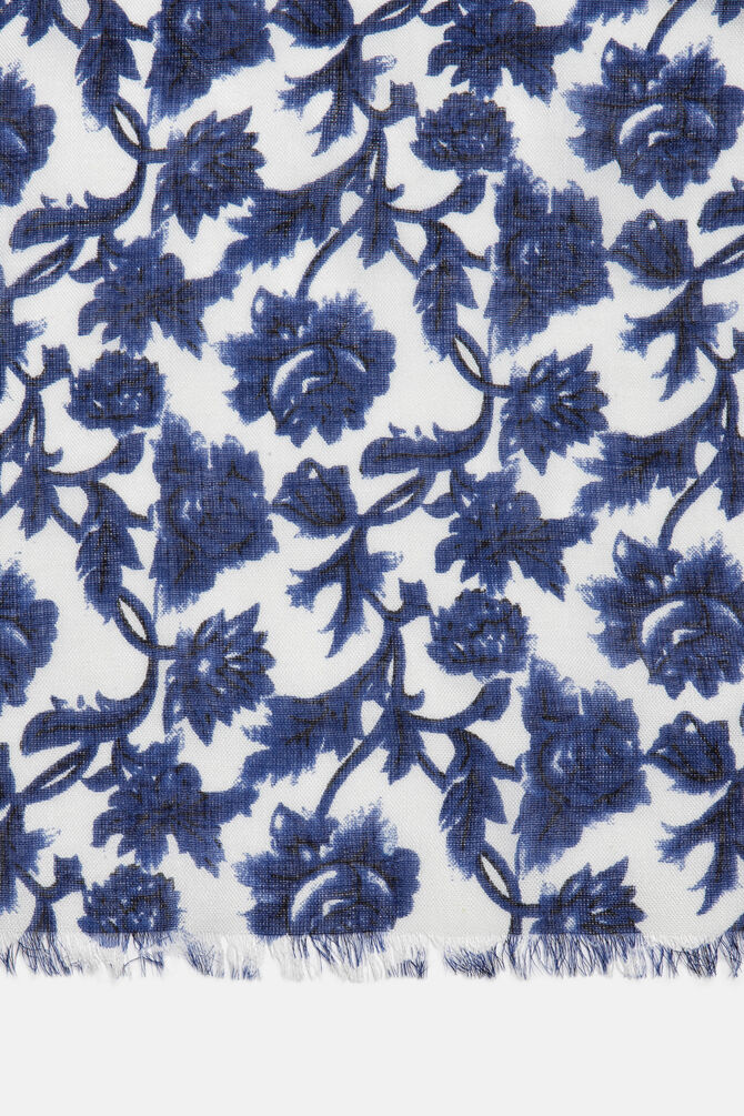 Floral scarf in viscose