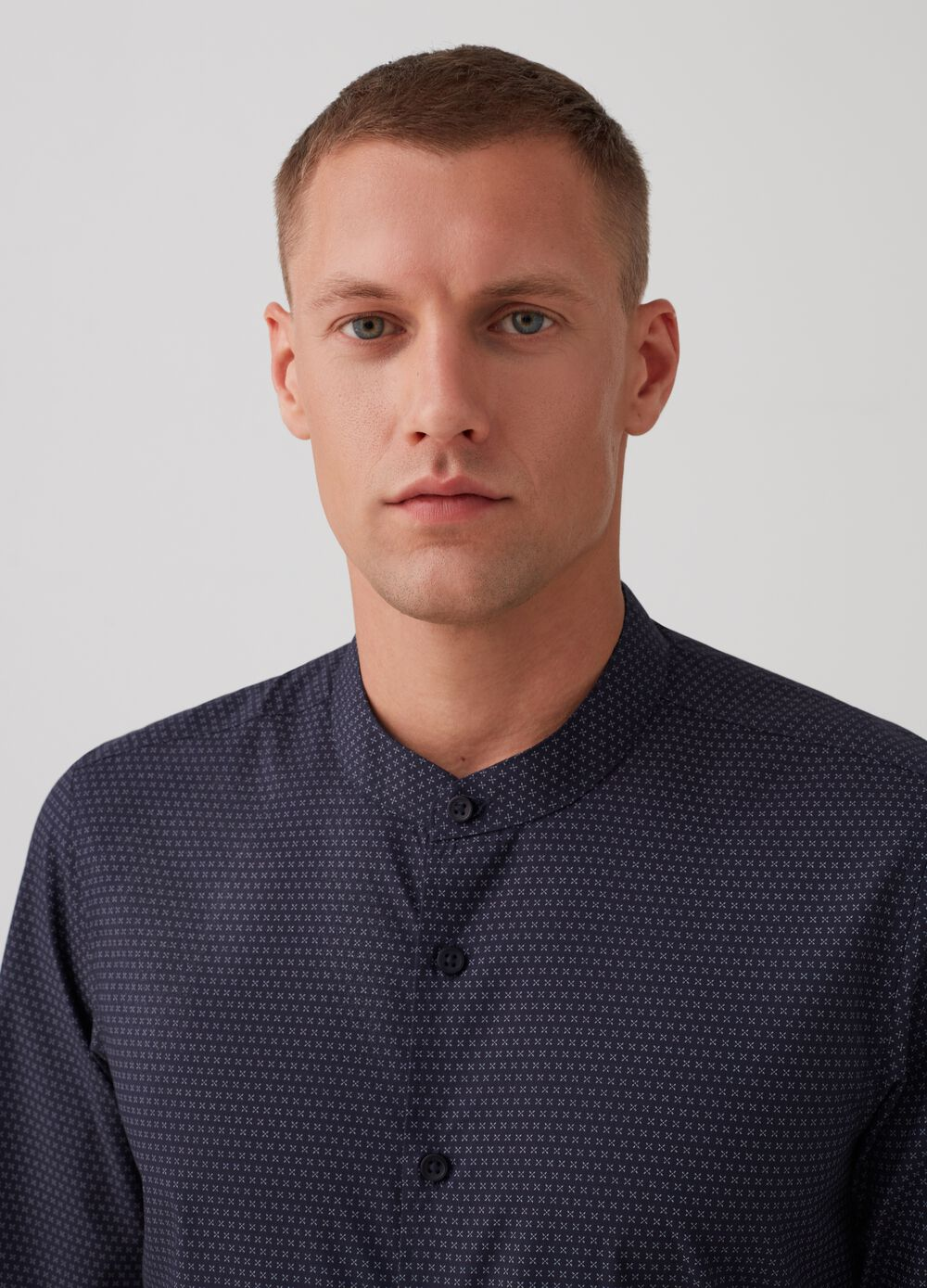 Slim-fit easy-iron shirt with pattern