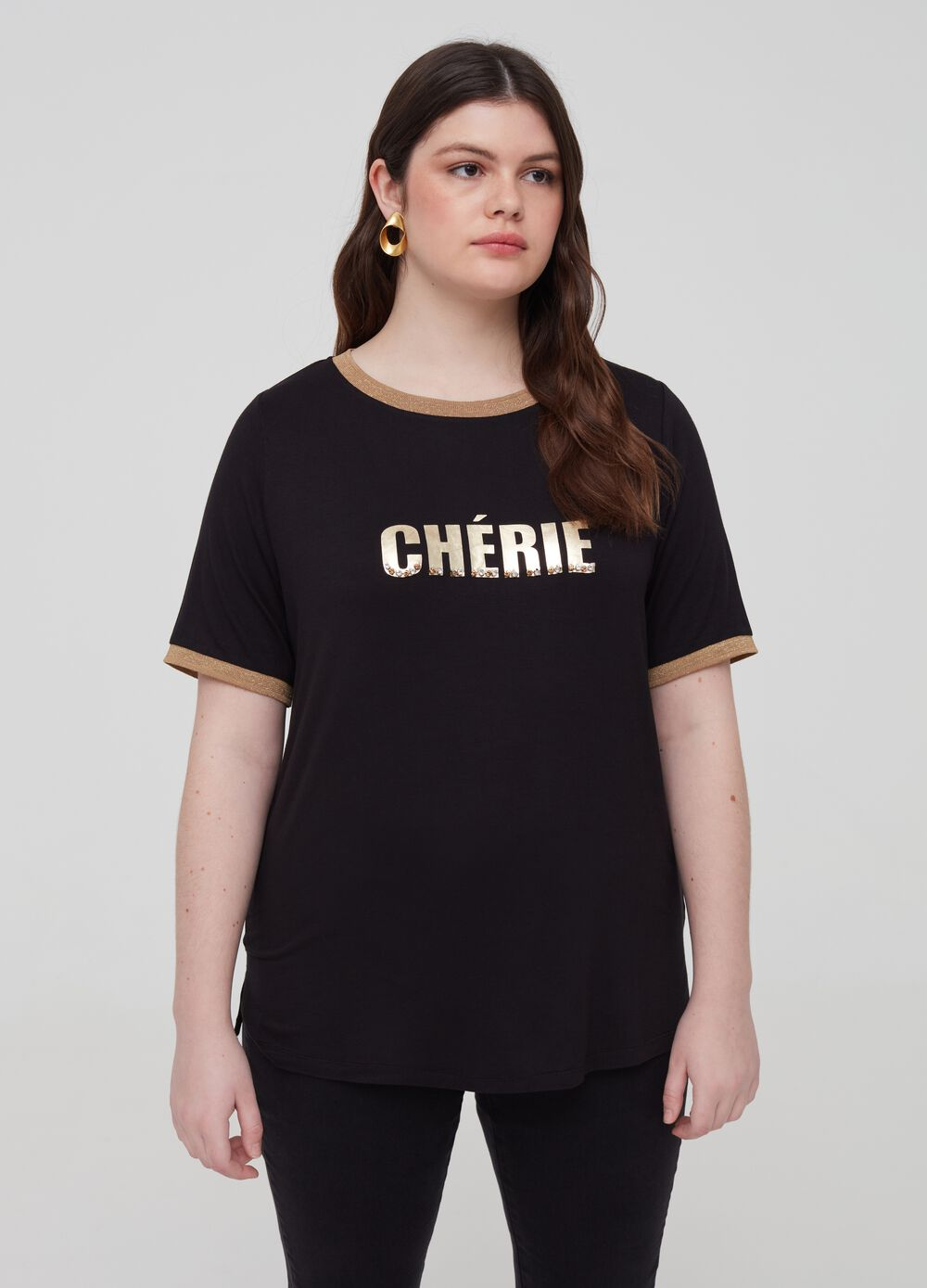Curvy T-shirt with print and stones