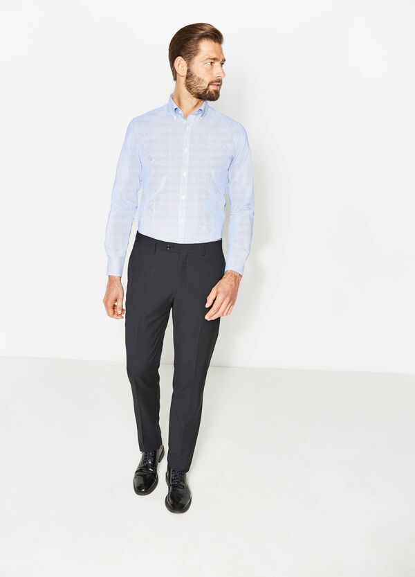 Regular-fit solid colour trousers with crease | OVS