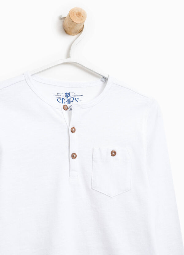 T-shirt with pocket and buttons | OVS