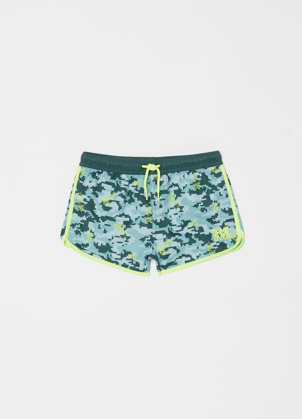 Beach shorts with drawstring and camouflage pattern