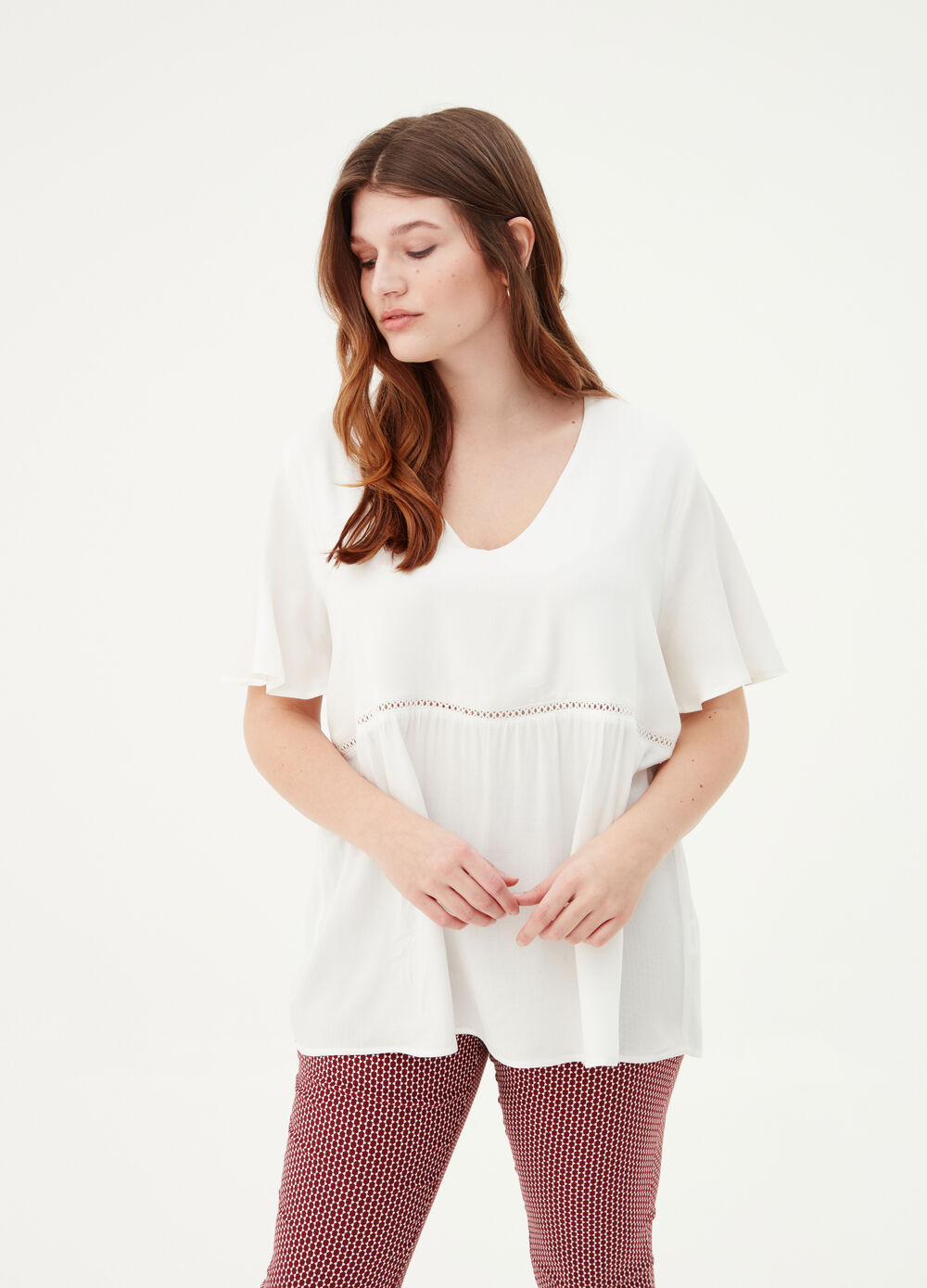 Curvy crêpe blouse with short sleeves