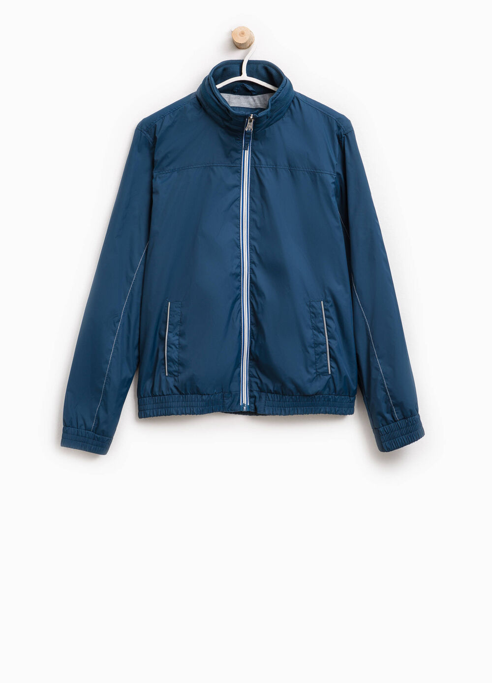 Solid colour jacket with high neck