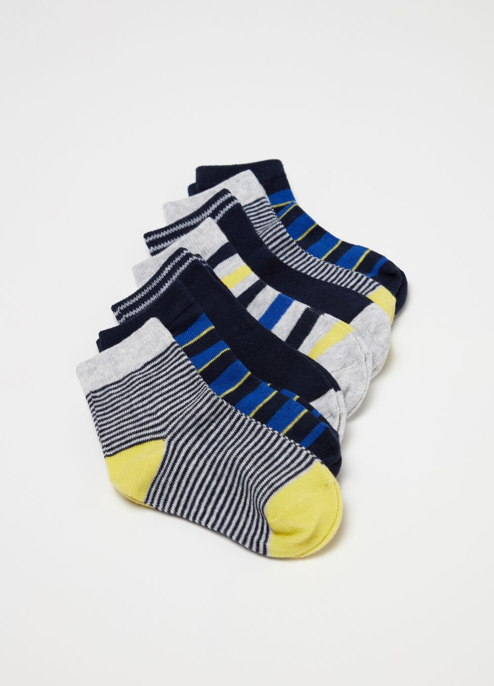 Seven-pair pack short socks with striped pattern