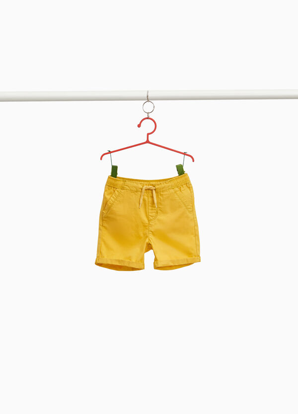100% cotton Bermuda shorts with turn-up