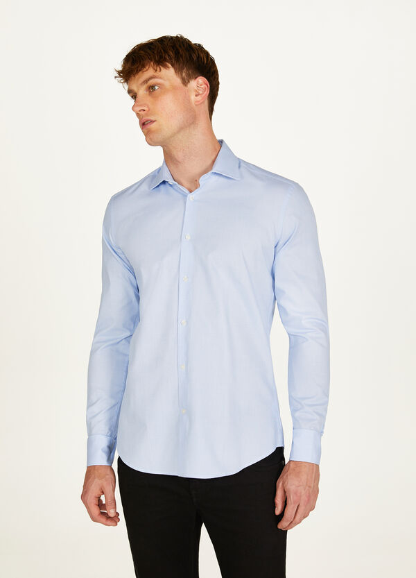 Slim-fit solid colour knitted shirt