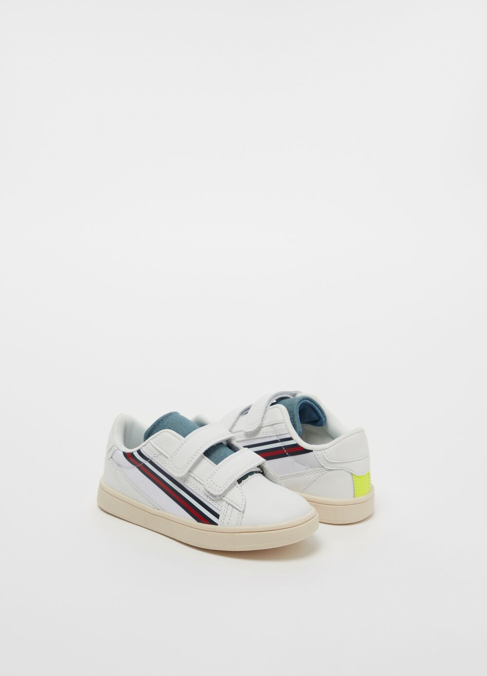 Striped sneakers with fluorescent detail