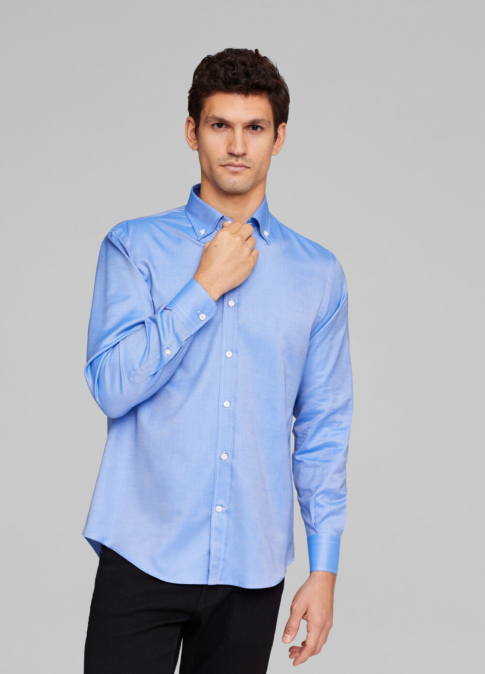 Regular-fit shirt with button-down collar