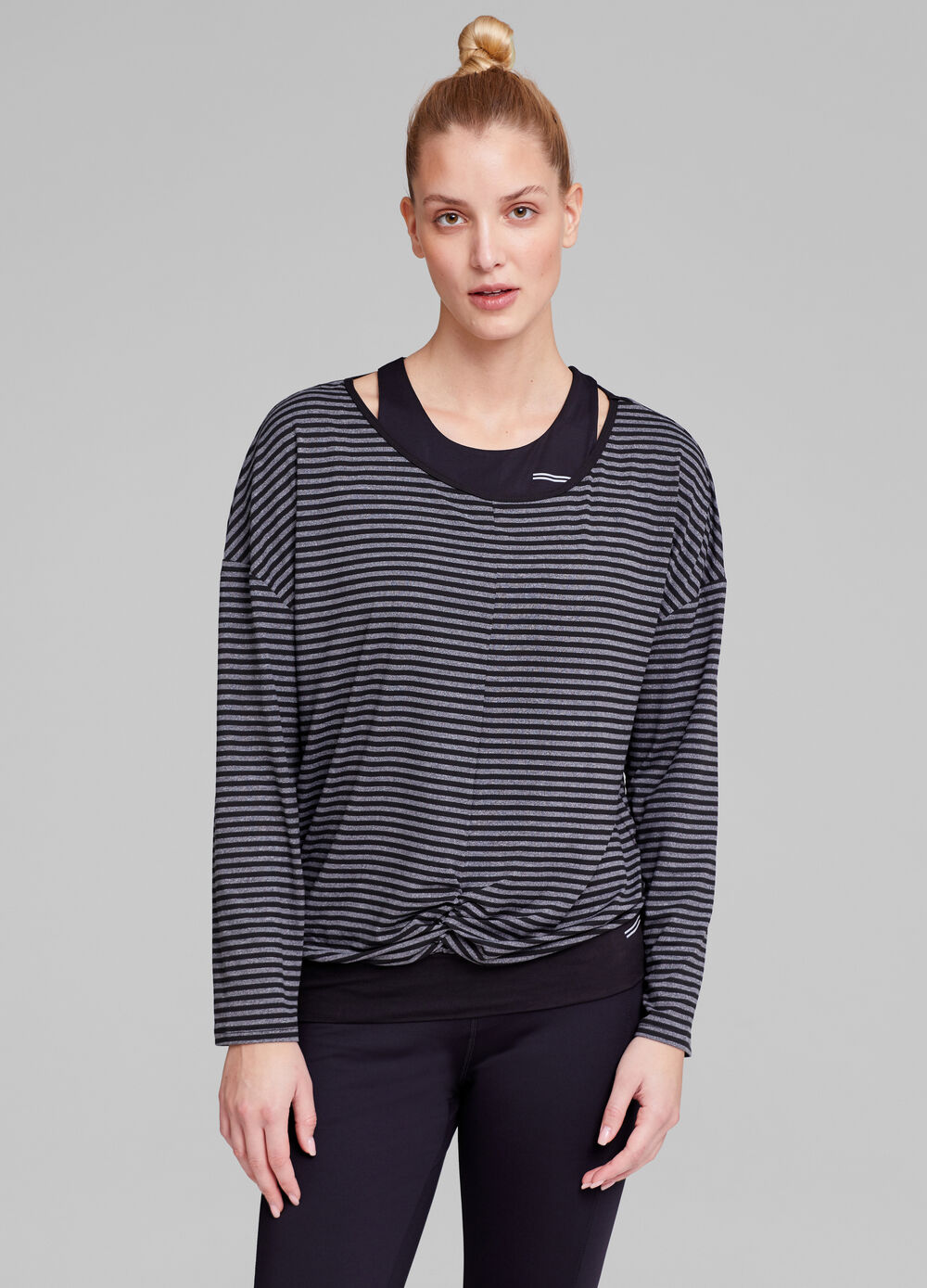 Gym T-shirt with striped pattern