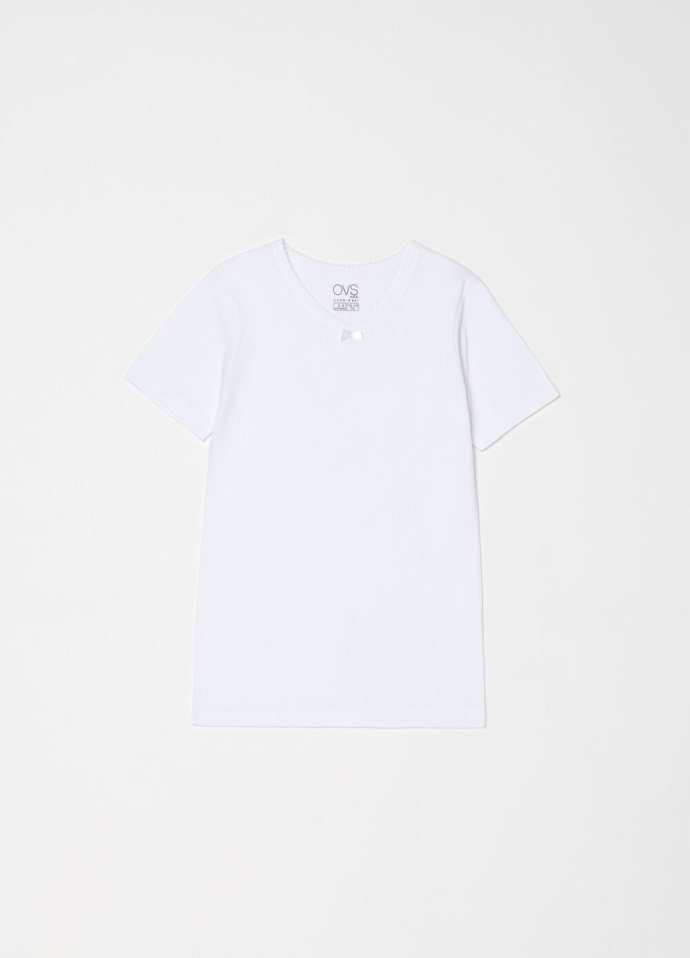 Solid colour undershirt in 100% organic cotton